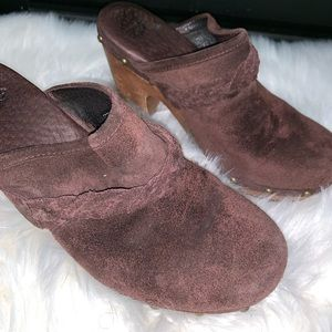 Ugg lined wooden clogs